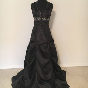 Like New Halter Black Gown, Jump Apparel